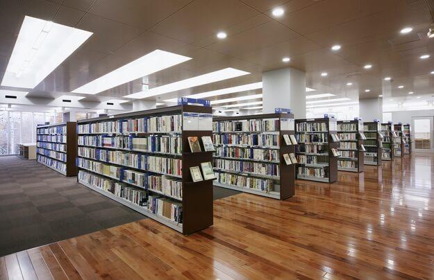 市立 図書館 府中